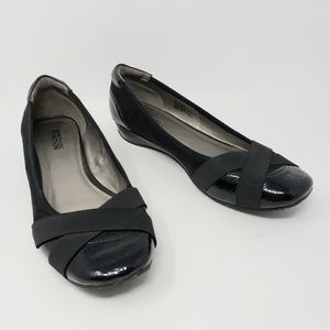 Kenneth Cole Miso Pretty Black Wedge Ballet Shoes